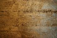 unterkirche-beton-goldwand-01